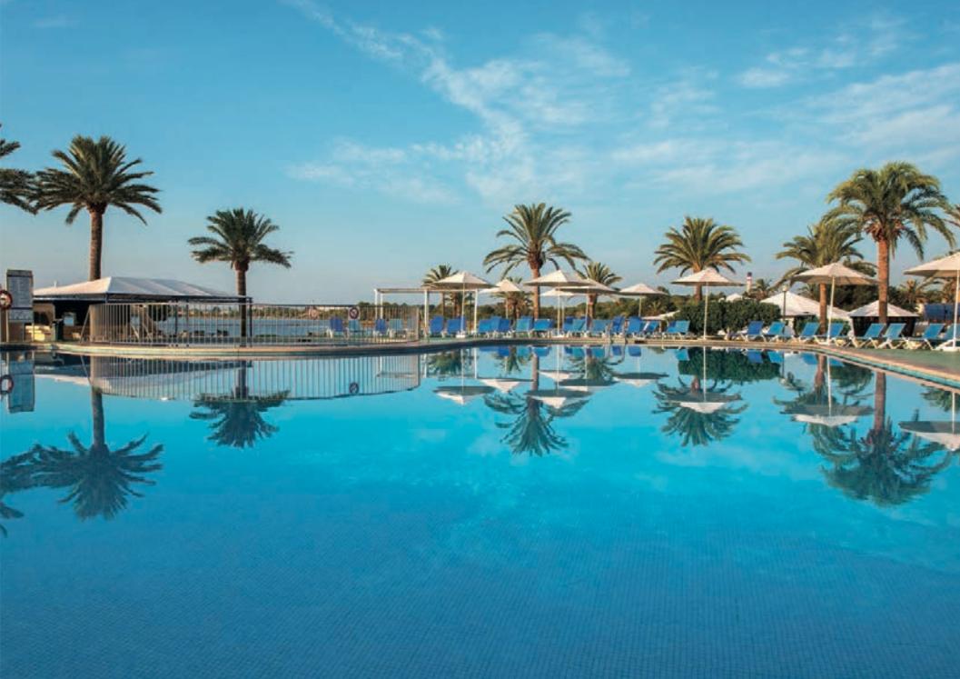 Caso de estudio BlueBay Hotels - Kártica Agencia Branding